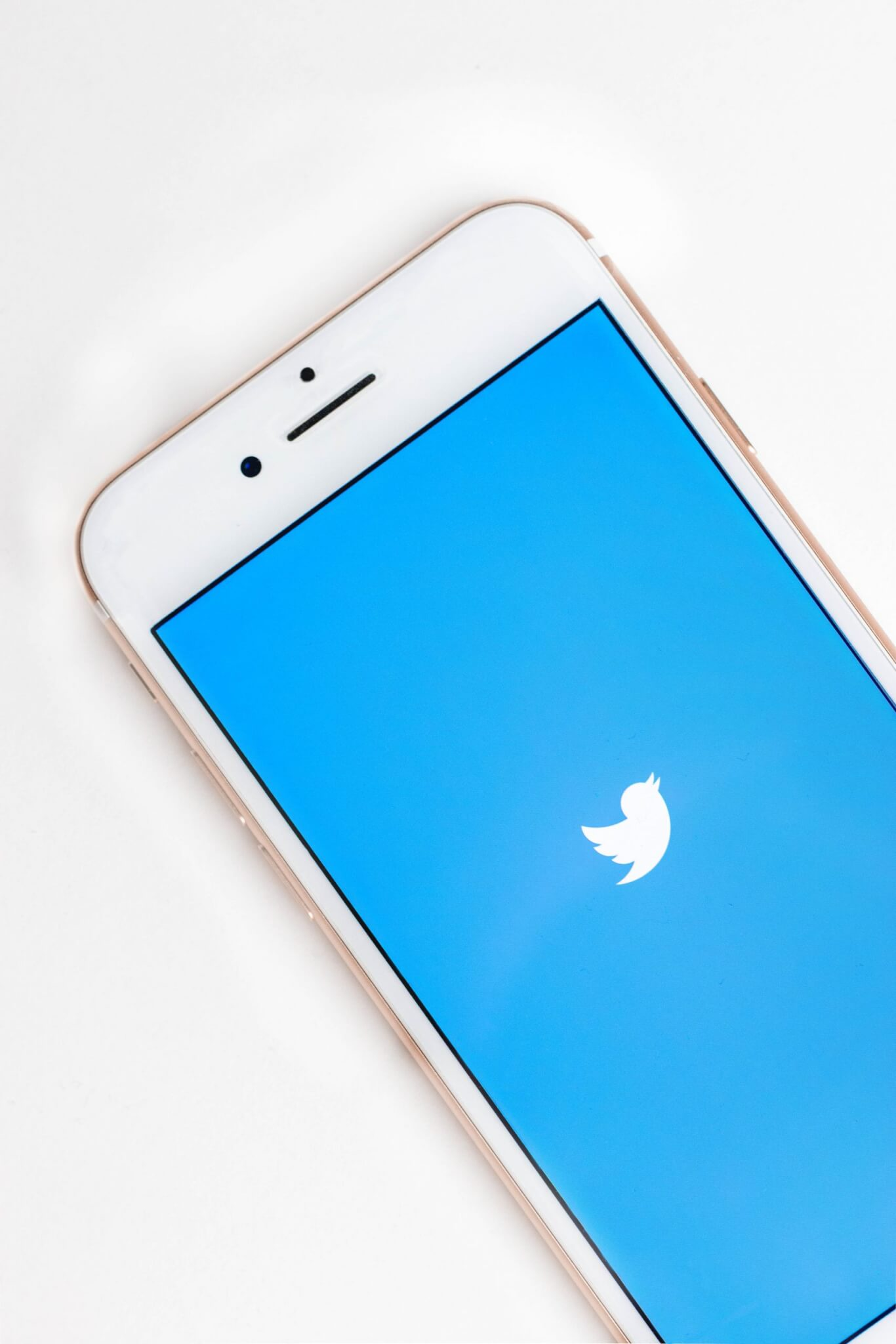 Twitter uncovers the ROI on engaging in positive customer service Case Study