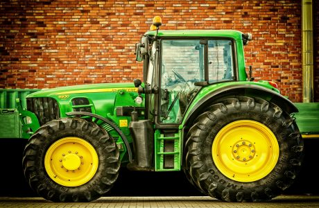 john deere case study Agile meets big iron: agile transformation at john deere isg john deere's intelligent solutions group (isg) has recently announced that they are in the midst of a large-scale agile transformation that affects hundreds of software practitioners worldwide.